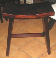 curved-stool